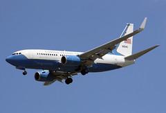 09-0540 (JBoulin94) Tags: 090540 usaf unitedstatesairforce usairforce airforce boeing 737700 c40 andrews afb airforcebase adw kadw maryland md usa john boulin