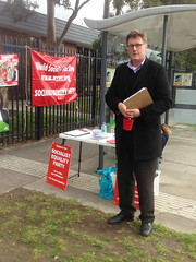 Socialist Equality Party campaigning in Fawkner #Wills2016 #Ausvotes (John Englart (Takver)) Tags: election australia melbourne wills candidates fawkner ausvotes ausvotes2016 wills2016