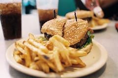 Wtih Cheddar (yoan.mollemeyer) Tags: voyage travel food usa film analog 35mm us route66 kodak burger diner roadtrip ishootfilm fries analogue portra ontheroad analogphotography cheddar filmphotography filmisnotdead