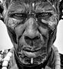 NEL CONTATTO FLAGRANTE TRA DUE SGUARDI (Claudia Ioan) Tags: africa portrait man blackwhite nikon sguardo uomo ethiopia gaze ritratto biancoenero etiopia omoriver mygearandme claudiaioan
