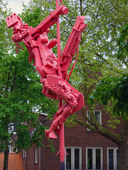 Pinkstatueartzuid (POLEA2012) Tags: sculpture art amsterdam modern europe part zuid