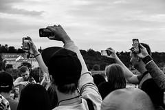 DSCF0702 (Oscar Arranz) Tags: street bw blanco photography oscar fuji prague negro praga fotografia x10 callejera arranz