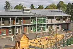 Zero Energy School VIII (hansn (2.5+ Million Views)) Tags: school architecture modern sweden contemporary architect alingss sverige skola arkitektur solarenergy stadsskogen solarcells arkitekt alingsas solenergi zeroenergy solceller liljewall liljewallarkitekter nollenergi