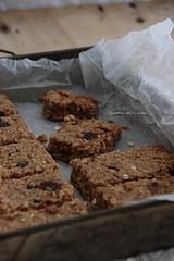 bars021 (la cerise sur le gteau) Tags: food cooking breakfast photography baking milk healthy bars delicious patisserie pastry brunch granola cereals flapjacks