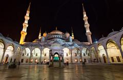 Blauwe moskee (Alex Verweij) Tags: blue night canon blauw nightshot minaret pray istanbul mosque 7d avond bluemosque moskee timeshot statief bidden nachtopname blauwemoskee alexverweij