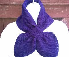 Keyhole Scarflette Knitting Pattern : Ravelry: Moss Stitch Keyhole Scarflette pattern by Jo-Anne Klim