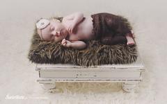 Swietliste-fotografia-noworodkowa-Torun-sesje-noworodkowe-dzieci-torun-kujawsko-pomorskie