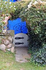 Die blaue Scheune im Ortsteil Vitte auf Hiddensee (3) (Pixelteufel) Tags: eingang urlaub insel architektur ostsee ferien gebude freizeit tr hiddensee tourismus fassade mauer hauseingang