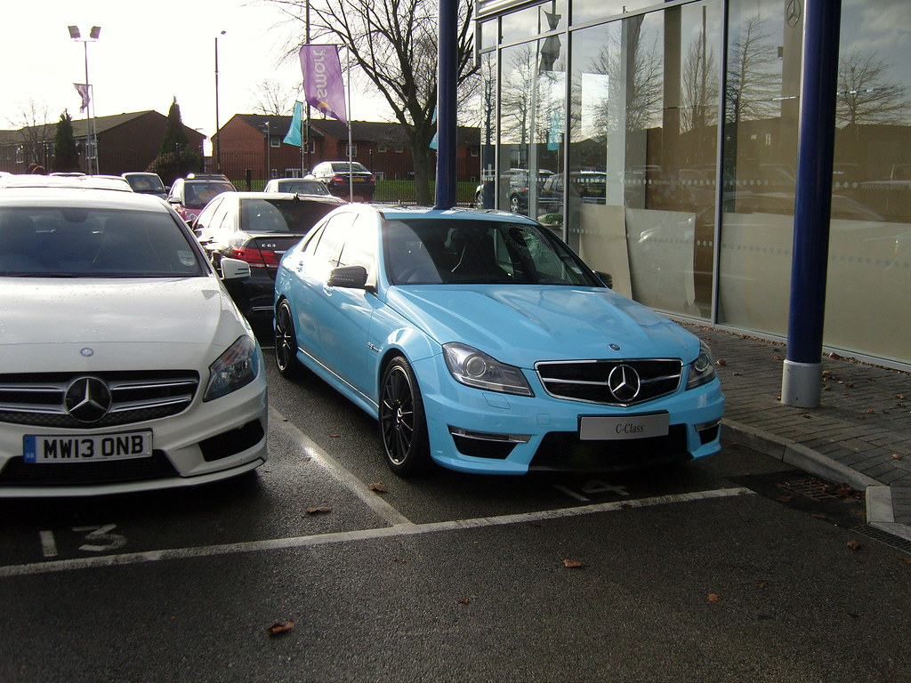 The world 39 s best photos of blue and skybleu flickr hive mind for Mercedes benz dealers manchester