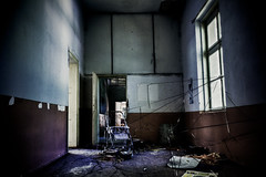 Disaster (The Orphanage) (Mike Foo) Tags: abandoned window canon da