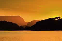 Solnedgang Storsundet (bjarne.stokke) Tags: norway norge hordaland solnedgang hardanger storsundet