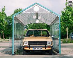 €3 Garage (bennorz) Tags: ford beige limo mk2 escort ghia 4tl