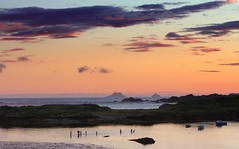 Skellig Islands (Marcus Rahm) Tags: travel ireland sunset summer holiday beach nature landscape island sundown outdoor natur summertime atlanticocean unescoworldheritage countykerry irishsea ringofkerry skelligmichael littleskellig nordatlantik derrynane atlantischerozean