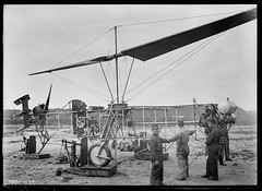 Baumhauer helicopter, ca.1925 [1600  1165] #HistoryPorn #history #retro http://ift.tt/27TZ3fq (Histolines) Tags: history retro 1600 helicopter timeline  vinatage 1165 historyporn ca1925 baumhauer histolines httpifttt27tz3fq