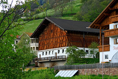 Casa in Alto Adige (marvin 345) Tags: italy house casa altoadige baita casarustica casadimontagna rusico casaaltotesina
