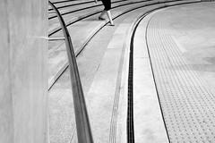 Elegance (Jeffrey De Keyser) Tags: seoul dongdaemun korea plaza southkorea street streetphotography elegance bw blackwhite monochrome candid design lines curves shopping ons eye usp bws wsp apf psp nge sph ssp mgg pis vog spw svp osb x2 exp unc 5