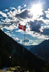 Savoie (Manon Ridet) Tags: montagne ciel savoie t nuage montblanc drapeau hautesavoie