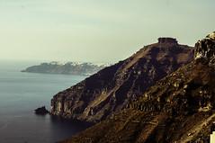 156-Santorin_Skaros Felsen unterhalb von Imerovigli (maxie.anerev) Tags: santorin insel griechenland kste ufer felsen skargos fira meer