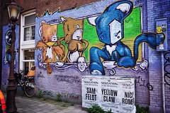 wild animals (tom_p) Tags: x70 fuji fujifilm fujifilmx70 amsterdam holland strasse graffiti niederlande malerei