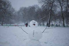 20130120-4234.jpg (peta.ryb) Tags: snow london coffee greenwich january footprints motorbike harleydavidson sledding sledges northgreenwich greenwichpark canningtown o2arena