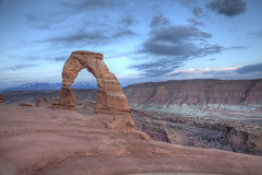 Delicate Arch, Sunset hike (Hike_Explore_Photograph) Tags: utah moab archesnationalpark delicatearch
