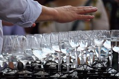 Water Glass Player (kh1234567890) Tags: iso200 czech prague pentax praha f56 50200mm k7 180mm hpexif smcpda50200mmf456edwr smcpentaxda50200mmf456edwr