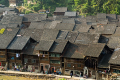 Zhaoxing Dong People's Village (Rita Willaert) Tags: china handicraft embroidery tribes guizhou southwestchina dongpeople autonomemiaodongprefectuur autonomemiaodongprefectuurqiandongnan guizhouprovinceminorities zhaoxingdongpeoplesvillage zhaoxingtown