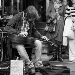 Grafton Street (lennox_mcdough) Tags: street ireland people bw music dublin canon eos artist streetartist graftonstreet éire baileáthacliath canonef100mmf2usm 5dmarkii takenin2013