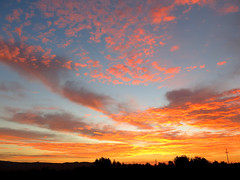 sunrise Oct 24 (Marlis1) Tags: clouds sunrise spain wolken catalonia catalunya sonnenaufgang tortosa roquetes weatherphotography marlis1 canong15 katalaonien onexploreoct242913