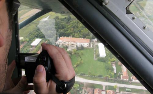 Pogled na dvorac iz aviona.