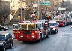FDNY Engine 33 & Battalion 6 (MJ_100) Tags: city nyc usa newyork america us state manhattan chief firetruck fireengine suv fdny firedepartment apparatus firebrigade fireservice emergencyservices emergencyvehicle battalionchief enginecompany engine33 battalion6