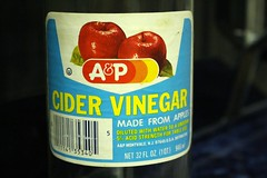124 A&P (AluminumDryad) Tags: oneaday bottles ap photoaday labels vinegar apples grocerystore pictureaday cidervinegar project365 project365124 pantrycleanout project365050414