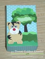 """Caixinha para lembrancinha com o tema """"Safari"""" (Caixas & Mimos) Tags: art arte com punch scrap caixinhas furadores lembranasdeaniversrio caixascomscrap"""