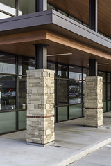 Mercantil Commercebank - Houston - Columns (Mabry Campbell) Tags: usa detail building stone architecture photography us photo december texas photographer exterior unitedstates image tx january houston bank nopeople photograph commercial daytime 100 february abel f71 fineartphotography mabry 2014 200mm tiltshift architecturalphotography 2015 colorimage commercialphotography mercantil commercialexterior harriscounty architecturephotography unitesstatesofamerica 04sec ef200mmf28liiusm freestandingbuilding commercialphotographer fineartphotographer architecturalphotographer houstonphotographer mercantilbank architecturephotographer mabrycampbell httpmabrycampbellcom mercantilcommercebank sanfelipeatfountainview 20150208h6a3207 abeldesigngroup mercantilecommercebank february82015