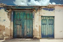 _Q9A9252 (gaujourfrancoise) Tags: colors doors couleurs cuba caribbean portes camagey gaujour