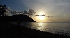 Coucher de soleil sur la Guadeloupe (! Nature Bx !) Tags: sunset sea mer france beach landscape explorer paysage plage coucherdesoleil guadeloupe antilles caraibes outremer deshaies grandeanse dsc05300