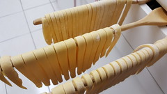 Pasta Dries for 30-minutes (wjis21) Tags: spaghetti spaghettisauce pasta semolina semolinaflour noodles fettuccine