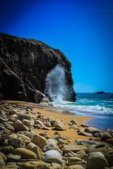 DSC_0285 (FlipperOo) Tags: voyage sea mer france color st rock port de nikon pierre vagues plage morbihan blanc roche arche quiberon instagramapp