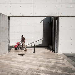 Delivery (Frank Busch) Tags: street city man museum concrete spain delivery palma palmademallorca citytour esbaluard knowledgequest frankbusch wwwfrankbuschname photobyfrankbusch frankbuschphotography imagebyfrankbusch