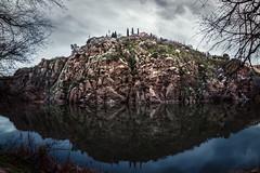 Rocoso (Jaime A Ballestero) Tags: atardecer toledo reflejo tajo frio rocas panormica jaimea