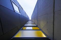 Endless (C_MC_FL) Tags: vienna wien building lines architecture canon photography eos austria sterreich fotografie pov geometry sigma symmetry pointofview architektur 1020mm 35 gebude 60 geometrie symmetrie linien blickwinkel symmetrisch 60d