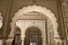 Arches opening in thevmain courtyard (VinayakH) Tags: india graves hyderabad tombs carvings necropolis nizam nobility paigah paigahtombs telangana maqhbarashamsalumara