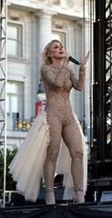 JES, at the Civic Center for San Francisco Pride 2016 (beppesabatini) Tags: sanfrancisco california festivals civiccenter lgbtpride sanfranciscopride