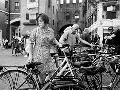 . (alb.montagna) Tags: street portrait people blackandwhite bw italy monochrome italia streetphotography streetportrait persone zuiko olympusomdem10mkii