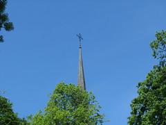 Vadstena 2 (greger.ravik) Tags: tornspira kors kyrktorn kyrktak church cross rooftop vadstena klosterkyrka tro kristendom