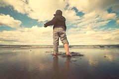 Sebastian 164 - Portobello Beach 01 (m@yphotos) Tags: light sea beach nature strand licht meer edinburgh availablelight natur portobello verfgbareslicht exposureandprocessing