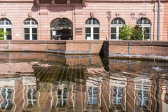 Heidelberg City Hall Reflection II (boettcher.photography) Tags: heidelberg april 2016 frhling spring boettcherphotography sashahasha reflection reflektion water wasser fountain brunnen rathaus cityhall altstadt
