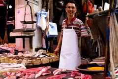 DSCF1330 The real experience in life (Scofield Chan) Tags: street fish hongkong store asia market folk snapshot culture fujifilm streetphoto local fujinon hongkongculture streetsnap xt1 fujinon35mm