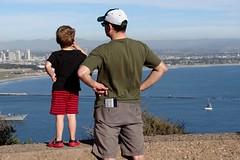 Pai e filhote (_vicpimentel) Tags: california lighthouse sandiego pointloma