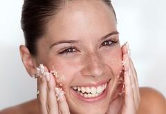 How to Exfoliate Your Skin Properly https://t.co/x7ZiX1p1gT (contourandhighlighting) Tags: make up cosmetics contour highlighting skincare kardashian